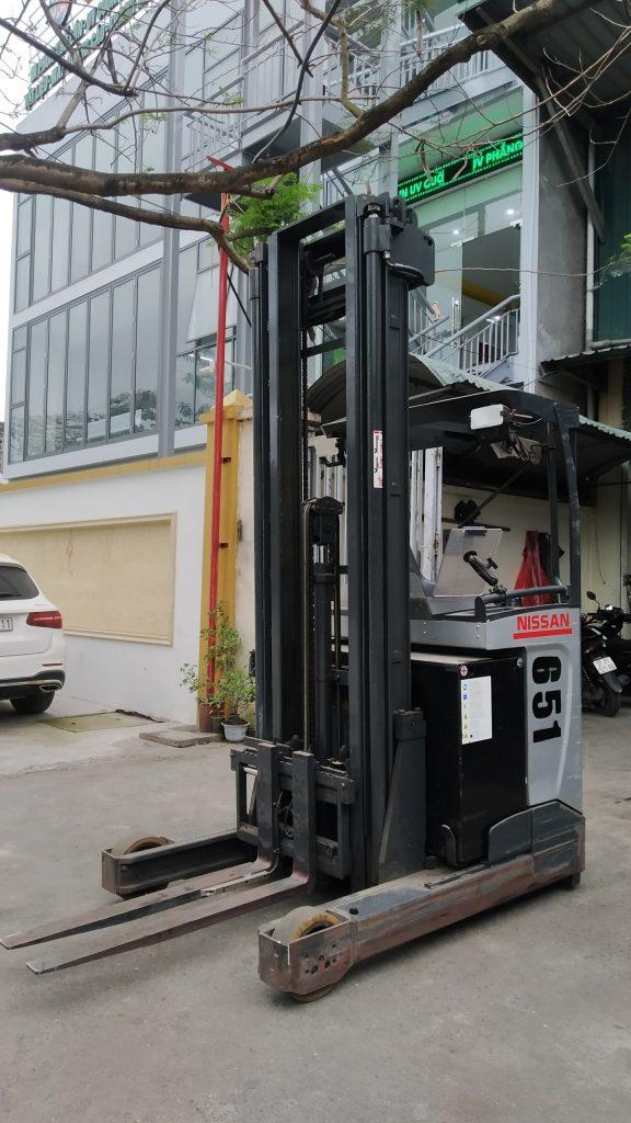 xe nâng điện 7m